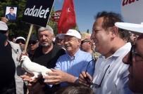 PROVOKASYON - Kılıçdaroğlu Açıklaması '15 Temmuz FETÖ Darbe Girişimini Sokağa İnen Bizim İnsanlarımız Engellemedi Mi?'