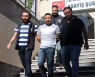 CUMHURIYET GAZETESI - Kız Kardeşini Öldüren Erhan Timuroğlu İle Galeri Tarayan Şahıs Yakalandı