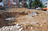 TEMEL KAZISI - Milas'ta Temel Kazısında Tarihi Kalıntılar Çıktı