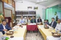 BÜLENT TEKBıYıKOĞLU - Akev'den İftar Yemeği