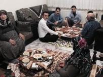 Altıntaş Kaymakamı Orucunu Şehit Ailesinin Evinde Açtı
