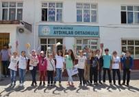 BARTIN ÜNİVERSİTESİ - Bartın Üniversitesi Öğrencileri Köy Okuluna Kütüphane Kurdu