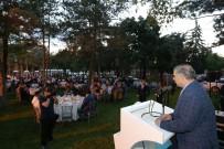 EĞİTİM HAYATI - Başkan Çelik, Yabancı Uyruklu Üniversite Öğrencilerle İftar Yaptı