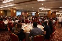 İBRAHİM KARAMAN - Gözde Sağlık Grubu Çalışanlarına İftar Verdi
