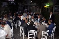 MEHMET AKTAŞ - Güleç Ailesi Köy Meydanında Protokole Ve Halka İftar Verdi