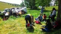 AYDOĞMUŞ - Kütahya'da Trafik Kazası Açıklaması 10 Yaralı