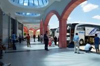 OTOBÜS TERMİNALİ - Mardinliler Bayramda Uçuyor