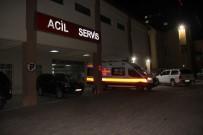 CUMHURIYET ÜNIVERSITESI - Silahın Kazayla Ateş Almasıyla 3 Özel Harekat Polisi Yaralandı