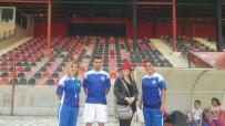 BAYAN FUTBOL TAKIMI - Turgutlu Belediyespor Bayan Futbol Takımına Kleopatra'dan Danışmanlık Desteği