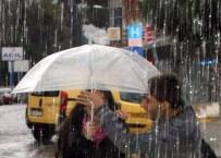 DOLU YAĞIŞI - Yağışla Birlikte Hava Sıcaklıkları Azalacak