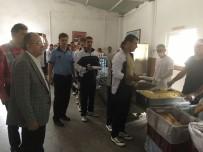 BELEDIYE OTOBÜSÜ - 6 Bin Askerin Yemek İhtiyacını Büyükşehir Karşıladı