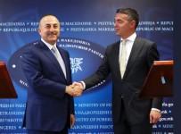 KÖRFEZ ÜLKELERI - Bakan Çavuşoğlu, Makedonya Dışişleri Bakanı Dimitrov İle Görüştü