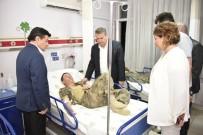 MERKEZ EFENDİ - Başkan Çerçi Ve Coşkun Sabah'tan Askerlere Ziyaret
