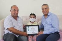 Başkan Tarhan'dan, Minik Kader'e Böbreğini Veren Boyraz'a 'Yılın Babası' Belgesi