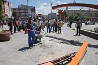 İBRAHIM TAŞYAPAN - Beşyol'daki Ucube Görüntüler Kaldırıldı