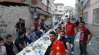 MALATYASPOR - Evkur Yeni Malatyaspor Taraftarı, Sokak İftarında Bir Araya Geldi