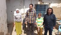 MOBİLYA - Kaymakamdan Evi Yakılan Aileye Yardım