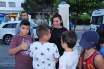 KAYALı - Kuşadası Belediyesinden Davutlar'da İftar Yemeği