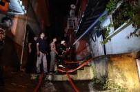 MURAT ÇELIK - Madde Bağımlılarının Mesken Tuttuğu Metruk Binada Yangın Çıktı