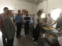 BELEDIYE OTOBÜSÜ - Manisa'da Yaklaşık 6 Bin Askerin Yemek İhtiyacını Büyükşehir Belediyesi Karşıladı