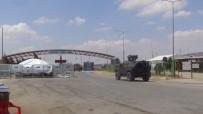 ÖNCÜPINAR - Sınırda Zırhlı Araç Yoğunluğu