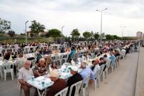 Aksaray Belediyesi TOKİ Bölgesinde 8 Bin Kişiye İftar Verdi