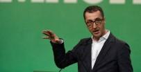 EŞCINSEL - Alman Yeşiller Partisi Ümitlerini Eşcinsel Evliliklere Bağladı