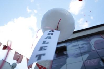 Antalya'da CHP'liler çocukları siyasete alet etti.