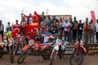 OSMAN NURİ CANATAN - Bergama'da Enduro Şampiyonası Nefes Kesti