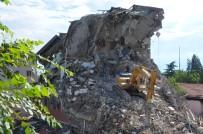 ÖĞRETMENEVI - Edirne Öğretmenevi Binası Yıkıldı