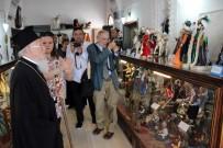 HRISTIYAN - Fener Rum Patriği Bartholomeos Dünyanın Tek Bebek Müzesini Ziyaret Etti