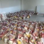 Gediz Esnafa Dayanışma Derneğinden 250 Aileye Gıda Yardımı