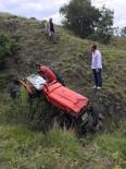 Kastamonu'da Traktör Uçuruma Yuvarlandı Açıklaması1 Yaralı