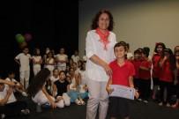 KUŞADASI BELEDİYESİ - Kuşadası'nda Drama Kursiyerleri Sertifika Aldı