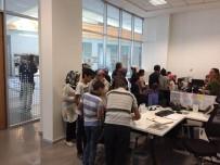 SOSYAL YARDIM - Meram Belediyesi'nden 3 Bin Öğrenciye Bayramlık