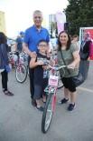 Mezitli Belediyesi, Babalar Günü'nde 50 Bisiklet Dağıttı