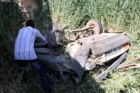 KARAKAYA - Otomobil Köprüden Uçtu Açıklaması 8 Yaralı