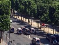 METRO İSTASYONU - Paris'te Arabasını Polis Aracının Üzerine Süren Şahıs Öldürüldü