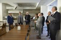 İBN-İ SİNA - Rektör Özer Tıp Fakültesi Binasını Gezdi