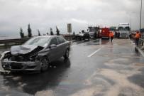 SARIYER - TEM Otoyolunda 2 Otomobil 1 Tır Birbirine Girdi Açıklaması 1 Ölü 4 Yaralı