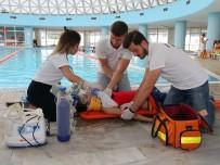 KULAK MEMESI - Türkiye'de Yılda Bin 500 Kişi Boğularak Ölüyor