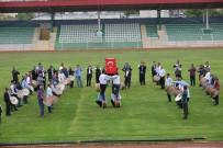 NECATI ŞENTÜRK - Vali'den Abdallara 40 Bin Liralık Kıyafet Sözü
