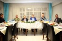 İBRAHIM AYHAN - Vali Ustaoğlu, Sahuru Emniyet Personeliyle Birlikte Yaptı