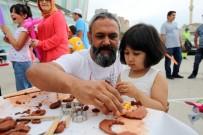 ÇÖP KONTEYNERİ - Yenimahalle'de Babalar Günü Şenliği