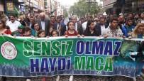 RİZE BELEDİYESİ - Çaykur Rizespor'a Destek İçin Yürüdüler