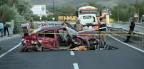 YAZıKONAK - Elazığ'da Trafik Kazası Açıklaması 1 Ölü, 2 Yaralı