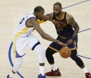 CLEVELAND CAVALIERS - Golden State Warriors, NBA Finali'nde İlk Adımı Attı