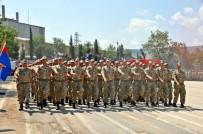 TABUR KOMUTANLIĞI - Jandarma Ulaştırma Eğitim Tabur Komutanlığında Görevli Acemi Erler Yemin Etti