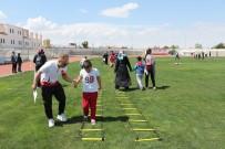 MUSTAFA KARADENİZ - Karaman'da Otizmli Çocuklar Spor Yaptı