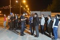ŞAKIR ÖNER ÖZTÜRK - Kaymakam Orucunu Polis Noktasında Açtı